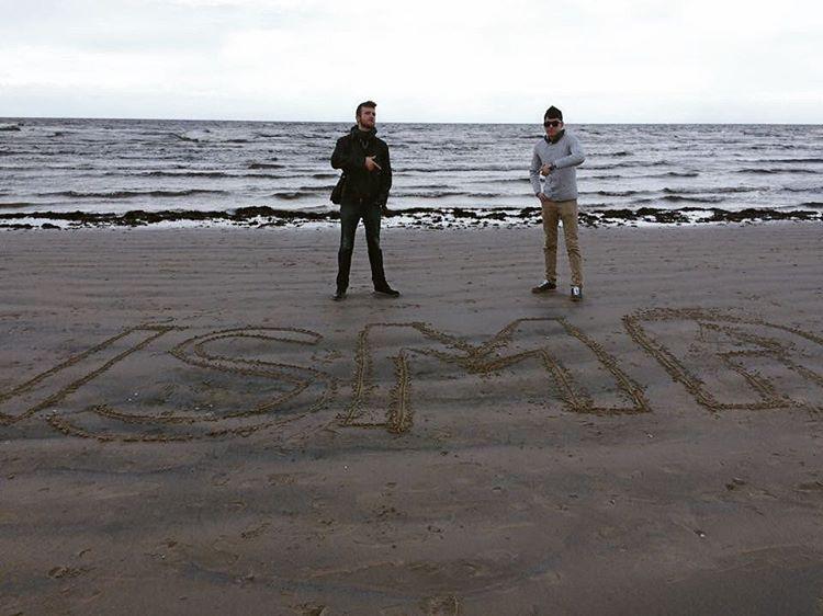 Студенты ISCGroup даже на берегу Балтийского моря не забывают о своём институте